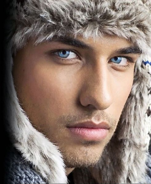 Love those blue eyes. This man *needs* to be on the cover of a romance novel! #hot #sexy #guy