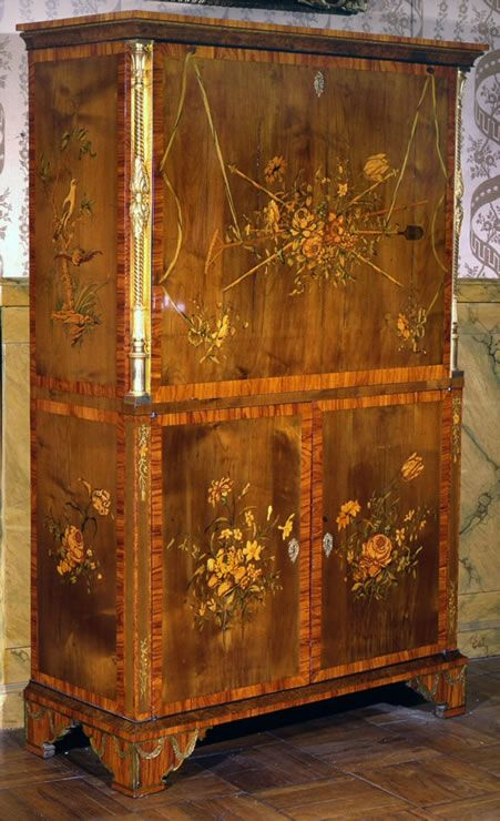 Drop front desk mid to late 1700s Extravagant Inventions The Princely Furniture of the Roentgens by David 1743 - 1807 not a long life... but what a legacy he left us