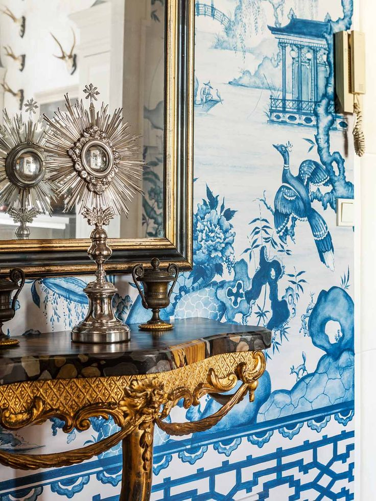 17 best images about blue and white chinoiserie on pinterest for Exclusive wallpapers for walls