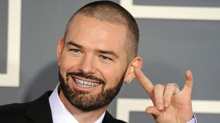 Paul Wall wants to give the Astros grillz #FansnStars