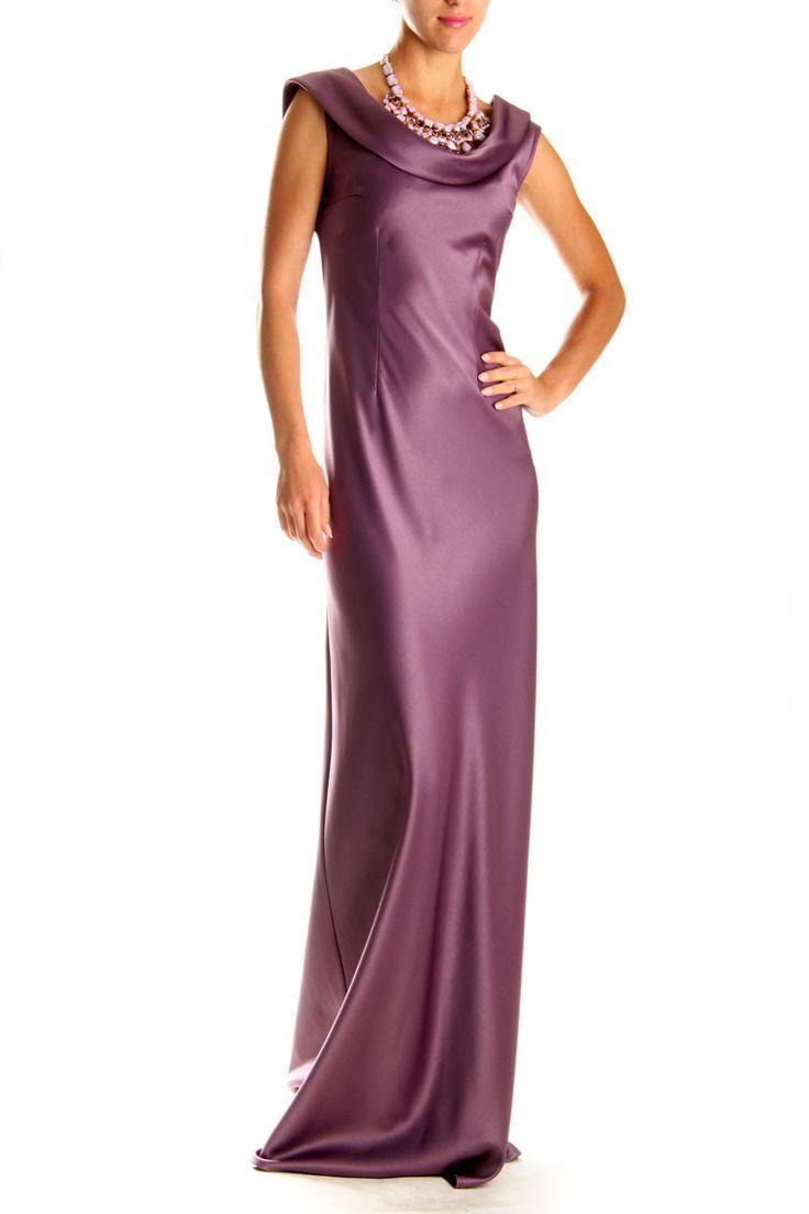 Платье Valentino. Вечернее платье с открытыми плечами. Нарядное платье на выпускной от Валентино идеально садится по фигуре благодаря шикарной ткани - деликатного сатина с атласом. Эта модель вечернего платья с открытыми плечами подчеркнет красивый изгиб шеи и позволит вам выглядеть модно и элегантно. Вы можете выбрать и купить длинное вечернее платье Валентино в интернет магазине Fstyle в Украине. Фото вечерних платьев представлены в каталоге одежды FStyle.  www.fstyle-shop.com.ua
