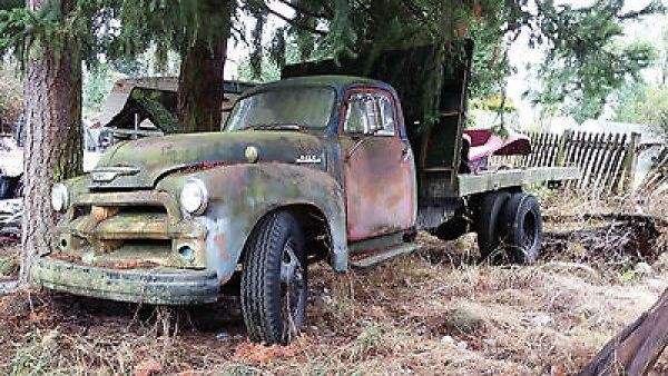 Chevrolet : Other Pickups flat bed dump truck 1954 Chevy 6400  Farm Flatbed Dump Truck California black plate!! *NO RESERVE!!* - http://www.legendaryfind.com/carsforsale/chevrolet-other-pickups-flat-bed-dump-truck-1954-chevy-6400-farm-flatbed-dump-truck-california-black-plate-no-reserve/