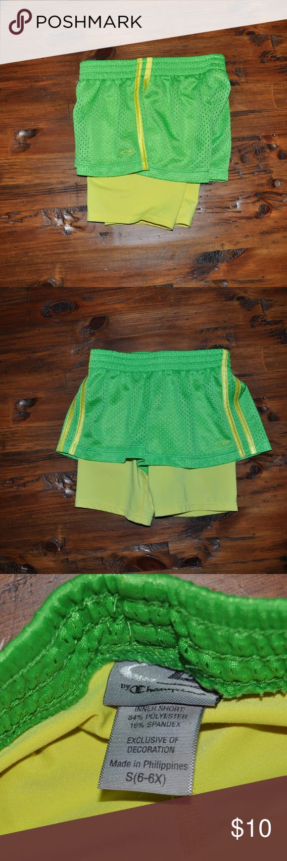 CHAMPION Girl's Green 2 in 1 Mesh Running Shorts The Girls' Performance 2in1 Woven Short from C9 Champion® provides active coverage with a fitted stretch inner short under a woven outer short. Breathable fabric with wicking technology helps keeps you cool while a wide waistband provides stylish comfort.  size S (6/6X) color: green | yellow condition: excellent  Semi-fitted Duo Dry+™ technology wicks moisture & dries fast Durable shrink resistant fabric stands up to repeated washing…