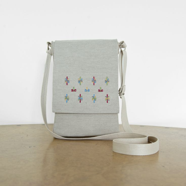 Greek tradition meets fashion...'because our history is the path that leads us to the present and the future'. Shoulder bag embroidered with Greek traditional motif! 100%cotton