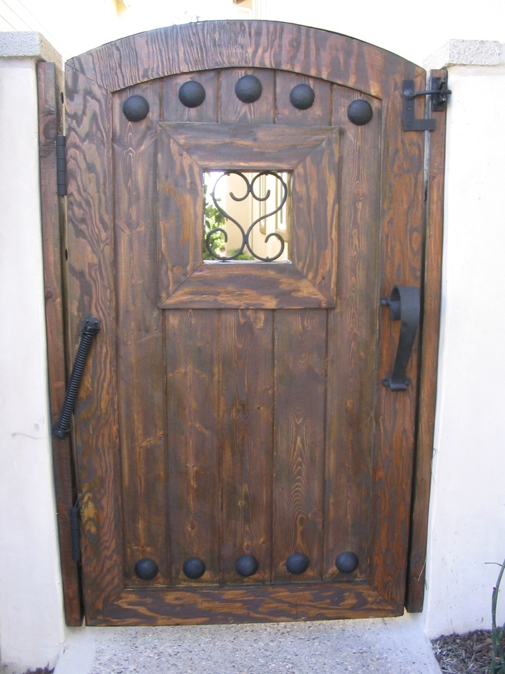 wondering if it would be easy to recreate a door like this & 80 best Court yard garden images on Pinterest   Garden mirrors ... Pezcame.Com