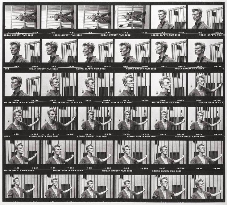 Provini delle foto del  fotografo Helmut Newton fatte a David Bowie a Monte Carlo nel 1983 per la rivista Vogue.