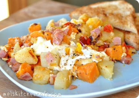 Ham and Sweet Potato Hash: Breakfast Ideas, Dinners Recipes, Flavored Hams, Mel Kitchens, Sweet Potato Hash, Breakfast Recipes, Favorite Recipes, Hams And Sweet Potatoes Hash, Kitchens Cafe