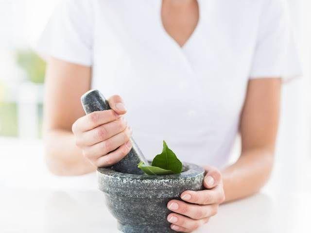 Neznámé vlastnosti bylinek, které běžně používáte. Čeho mít zásobu?