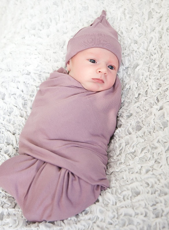 Free shipping on baby blankets at needloanbadcredit.cf Shop receiving blankets, swaddling cloths & more blankets for babies. Free shipping & returns.