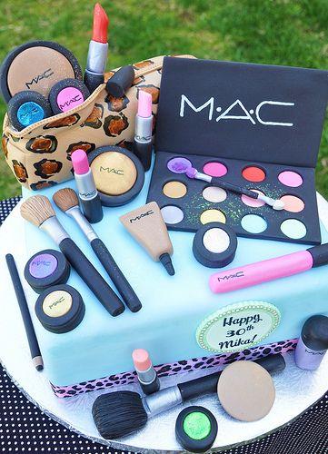 MAC Birthday cake! OMG i want this!!!Mac Makeup, Food, Cake Ideas, Amazing Cake, Birthdaycake, Mac Cake, Awesome Cake, Birthday Cakes, Makeup Cakes