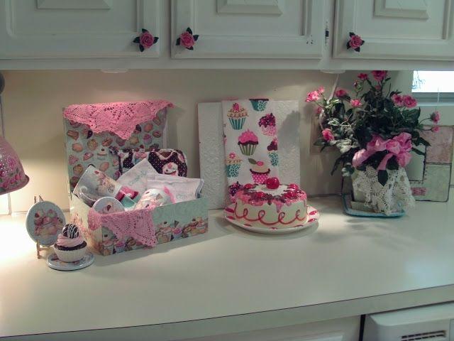 Best 25+ Cupcake Kitchen Theme Ideas On Pinterest