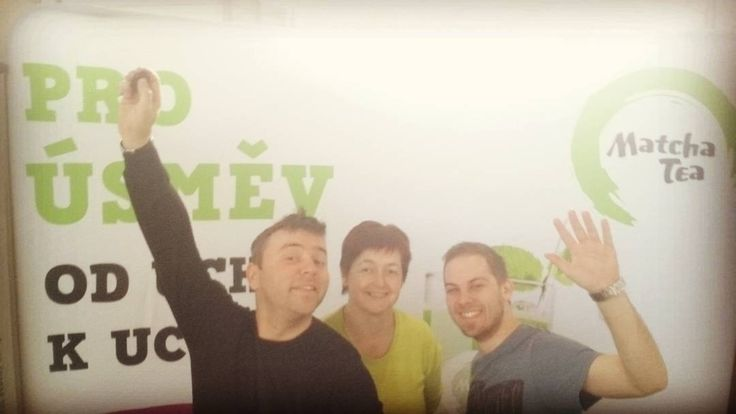 Matcha Team s úsměvem od ucha k uchu na veletrhu Biostyl. Zastavte se jsme ve střední hale. #matchapoint #matchatea #Matchatea #biostyl by matchatea.cz