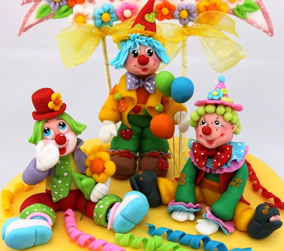 viorica's cakes: Tort botez Petrecere cu clowni