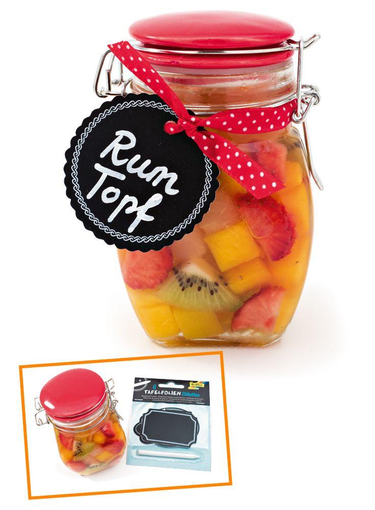 Obst mal nicht als Marmelade verarbeitet, sondern zu einem herrlichen Rumtopf! Wir zeigen Ihnen wie's geht!