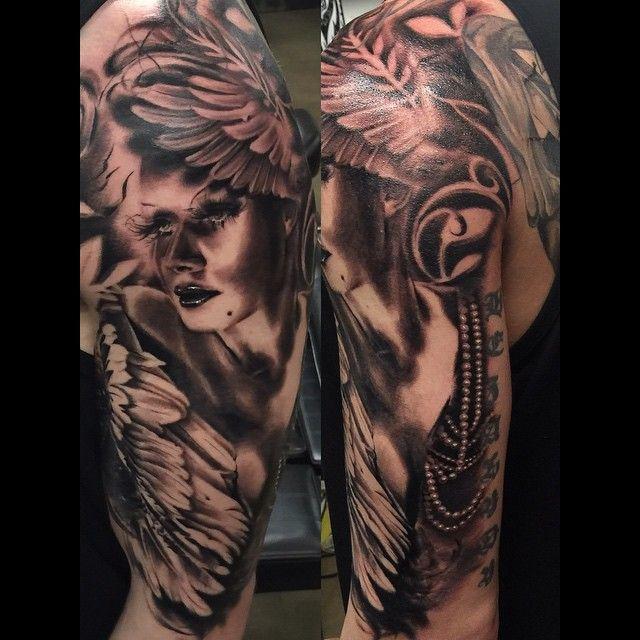Tattoo by Cleo Wattenström