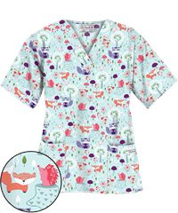 UA Wild Critters Aquamarine Print Scrub Top OMG I need this @phylliscampeau