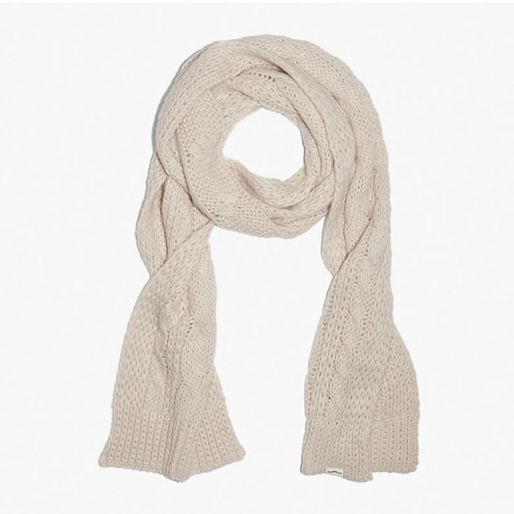 LEVI'S LOFTY CABLE SCARF - CREAM. #levis #