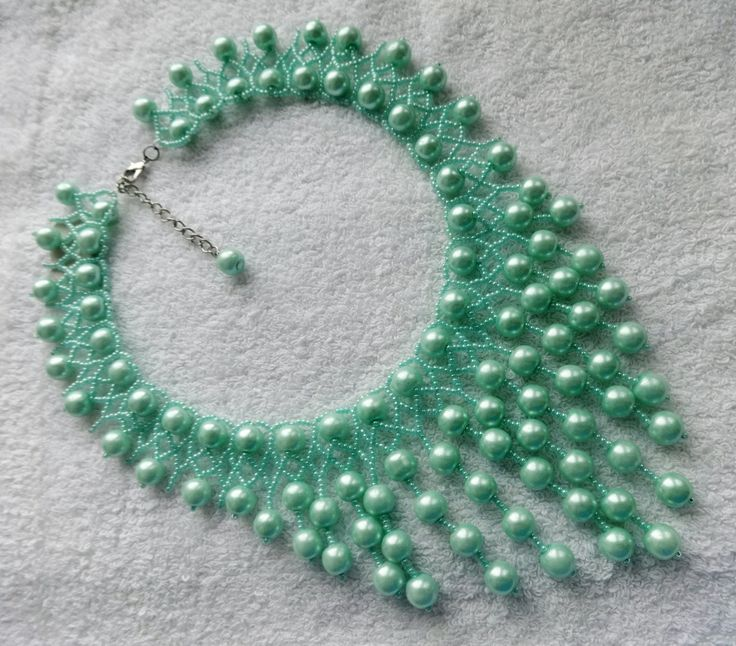 Free pattern for beaded necklace Fresh Mint U need: seed beads 11/0 pearls 6or8 mm