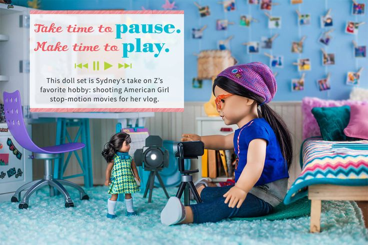 Take time to pause. Make time to play. This doll set is Sydney's take on Z's favorite hobby: shooting American Girl stop-motion movies for her vlog.