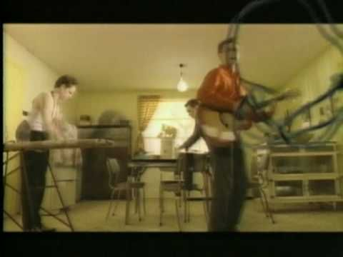 ▶ Crowded House - Don't Dream It's Over - YouTube