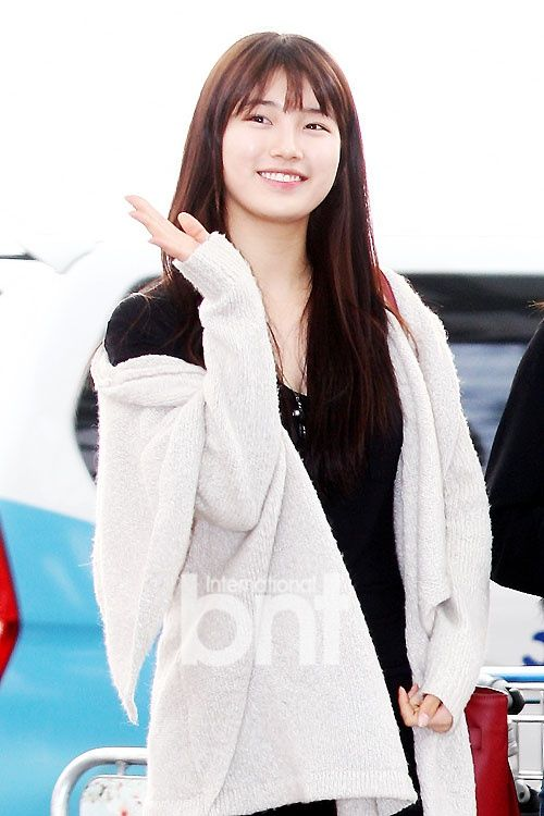 MissA Suzy airport stying. On her way to participate Golden Disk Awards in Kuala Lumpur