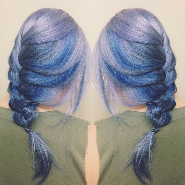 Hair goals: 'moonstone' hair in moody shades of blue!