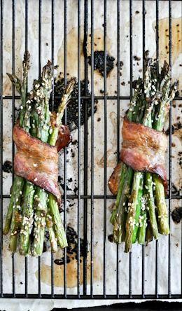 Bacon Wrapped Caramelized Sesame Asparagus | howsweeteats.com