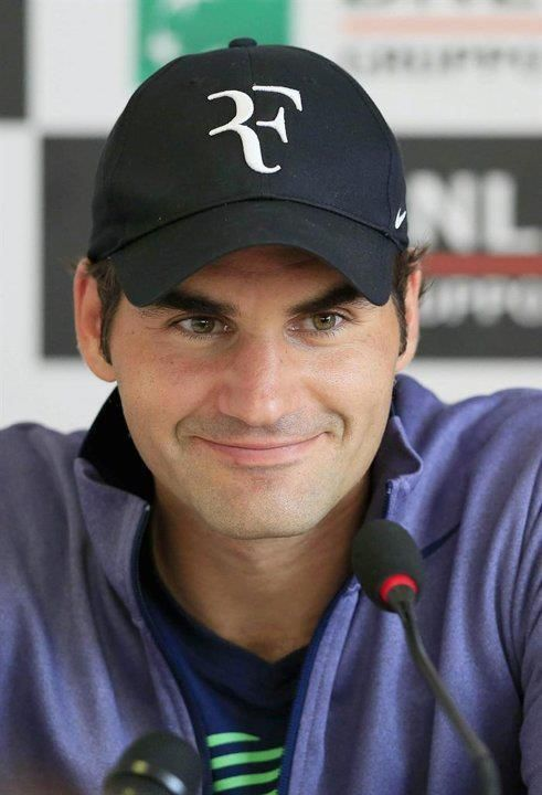 Twitter / fulik8: Smile during the presser ...
