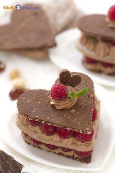 Cuoricini di cioccolato e lamponi