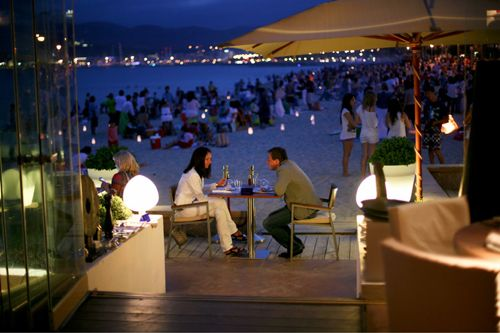 Nassau Beach Club.This spectacular beach club has a great view over the bay of Palma. Situated in Portixol just outside the city of Palma de Mallorca it is easy to get to and is a great place to spend a day lazing and catching some sun. Paseo de Portixol s/n, Can Pere Antoni, 07004 Palma de Mallorca