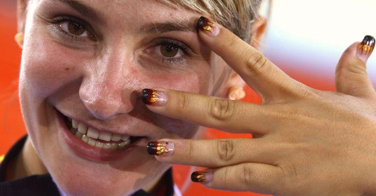 Atletas exibem patriotismo nas unhas - Fotos - UOL Olimpíadas 2012