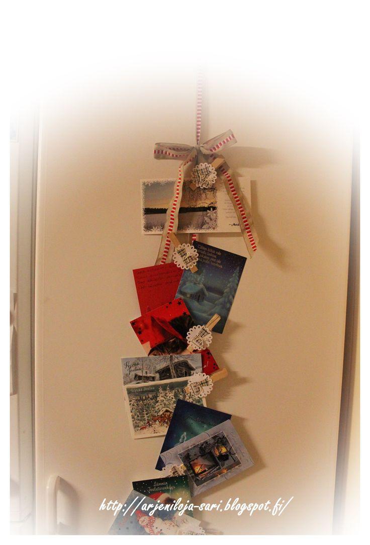 Joulukortit esille