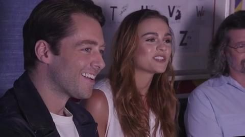Richard Rankin and Sophie Skelton on time travel