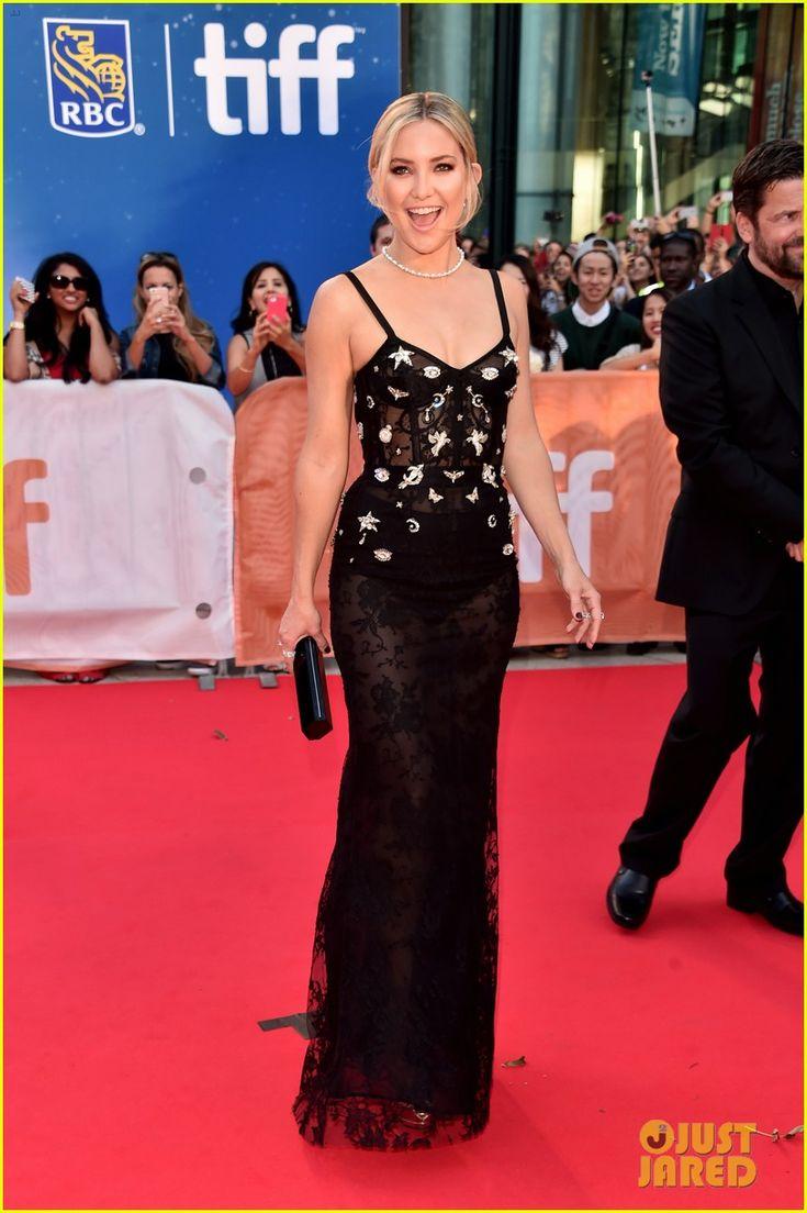 Kate Hudson Wearing Dress Alexander Mcqueen Shoes Giuseppe Zanotti Purse Lee Savage Jewelry Tiffany Co