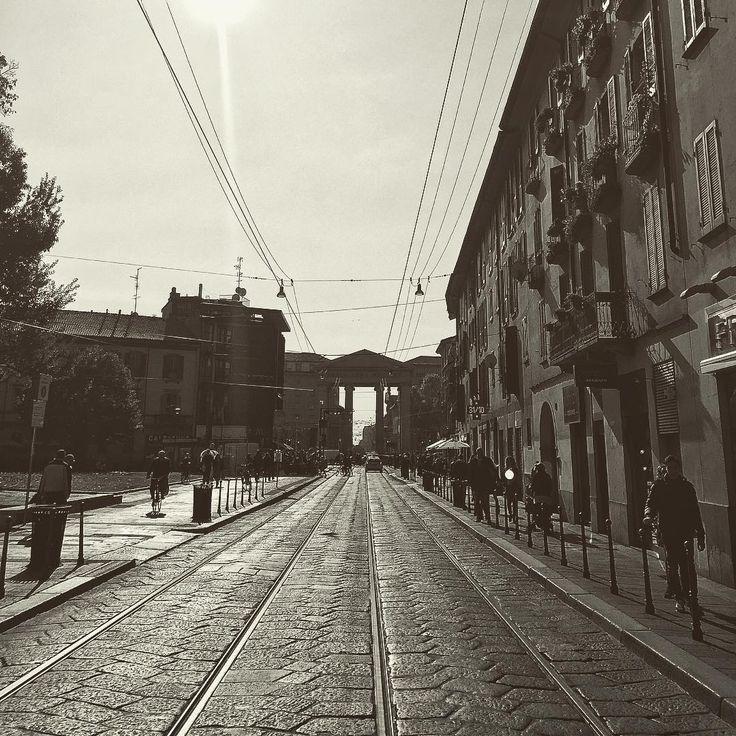 [long the way] #longtheway#igersmilano #igerslombardia #milano2015 #milano #milanocity #milanodavedere #milanocityofficial#portaticinese #pointofview #puntidivista #igersitalia #ig_milano #igersoftheday #streetphotography #ig_lombardia #ig_lombardia_milano by davideaurz