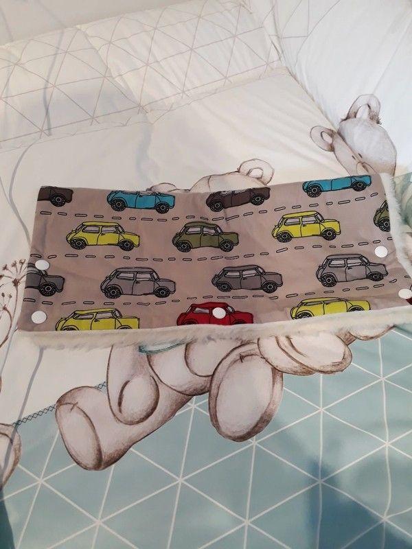 Handmuff und Sonnensegel mit Autos für Kinderwagen und Buggy