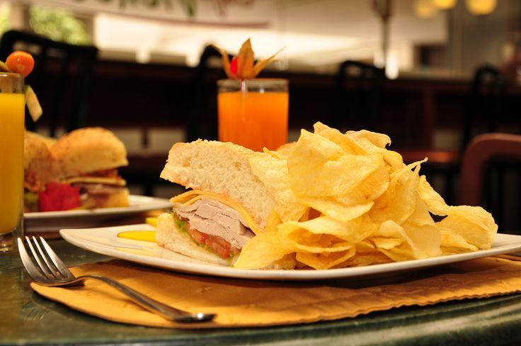 Sándwich de pollo.
