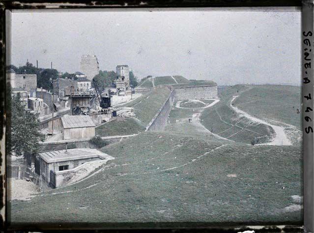 Les fortifications - Porte du Pré Saint Gervais Lieu : Paris, France, juin-juillet 1914.