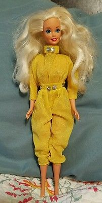 Vintage Mattel 1966 Barbie Wearing Gold Jumper Made in Malaysia Twist & Turn