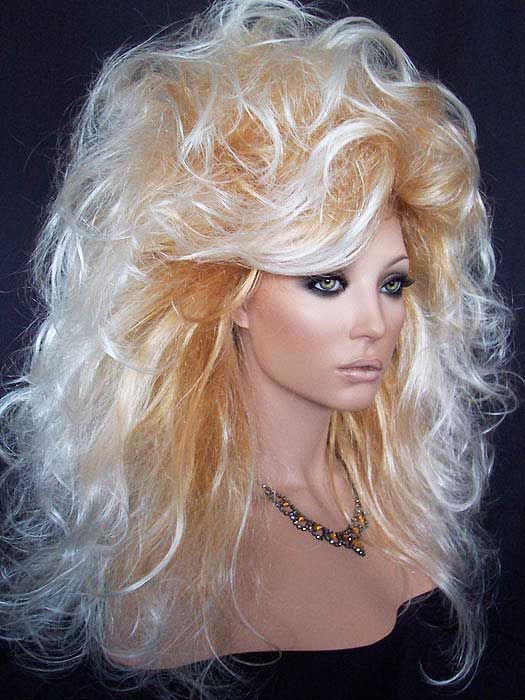 Full And Long Blonde Drag Queen Wig With Soft Curl