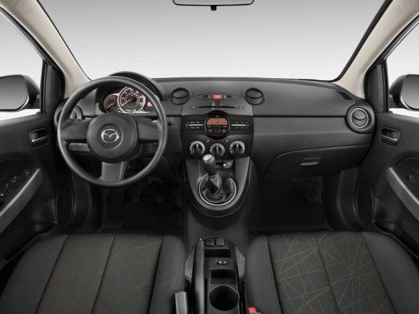 2014 Mazda MAZDA2 Elegant Dashboard