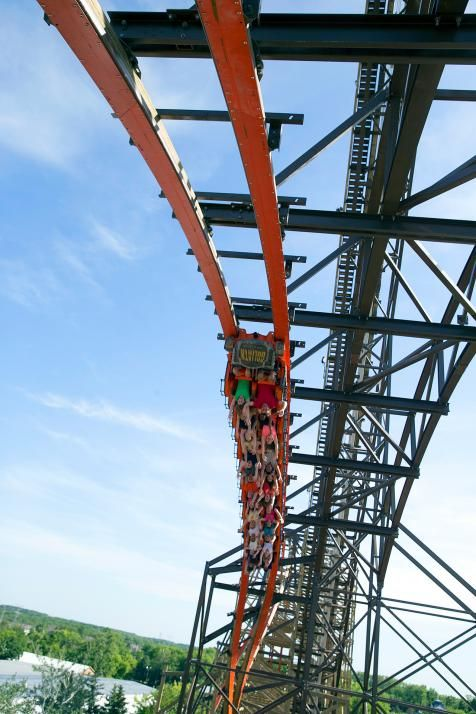 Goliath, Six Flags Great America (Gurnee, IL) : 101 Amazing Thrills Pictures : TravelChannel.com