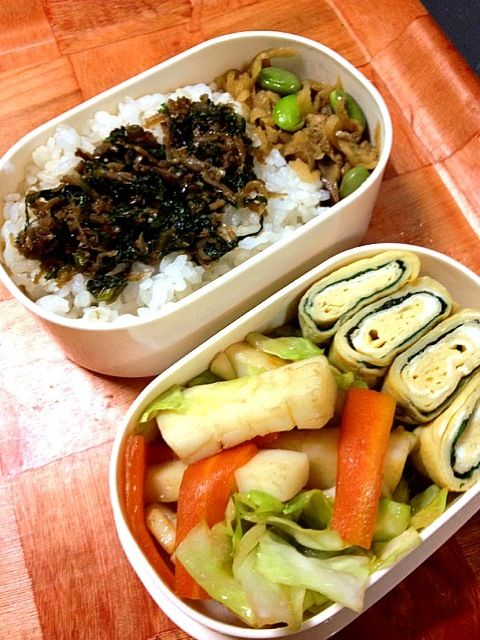 10月29日のお弁当 - 5件のもぐもぐ - イカと人参とキャベツの中華炒め、卵焼き(大葉入り)、切り干し大根の煮物、蕪の葉とじゃこの佃煮 by しぃ