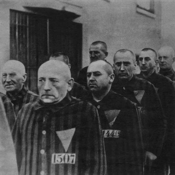 main death camp in 1942 essay Horror and destruction of auschwitz death camps essay 666 words | 3 pages destructive than the terrifying auschwitz camp auschwitz was built by the nazis in 1940, in oswiecim, poland, and was composed of three main parts.