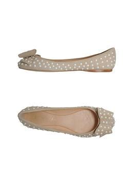 Ballet Flats / Ernesto Esposito. Way too cute!