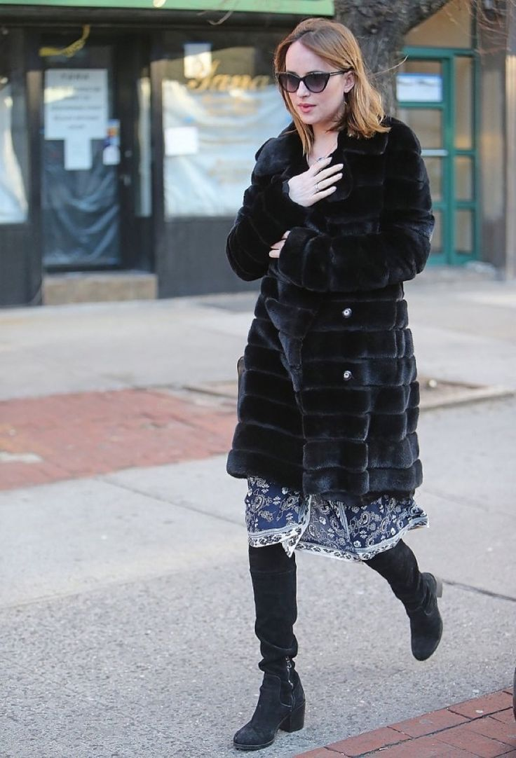 dakota-jhonson-black-fur-coat-knee-boots-printed-dress-boho-summer-dresses-in-winter-going-out-night-out-party-elle-640x941