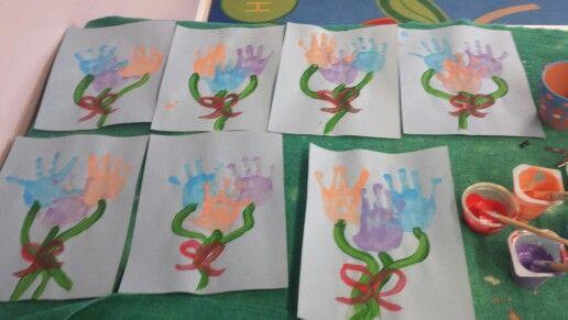 Handprint flowers!!