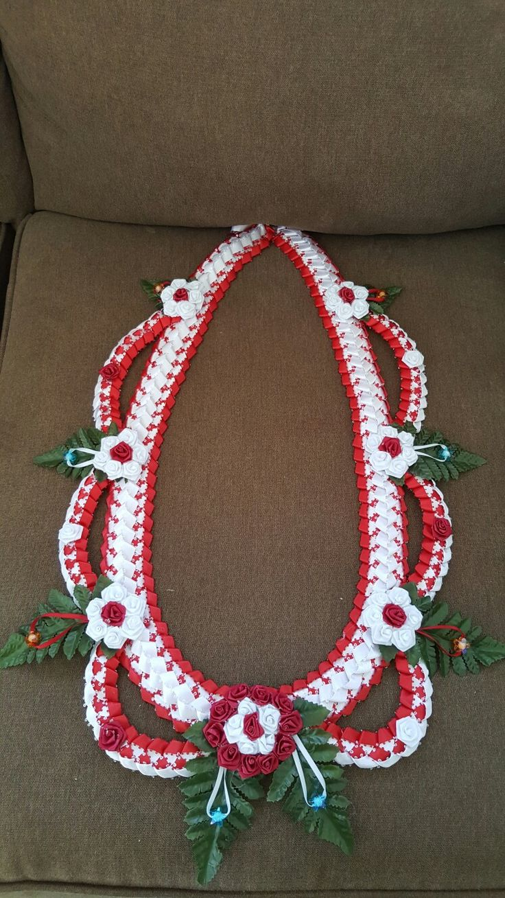 Ribbon lei (red&white)