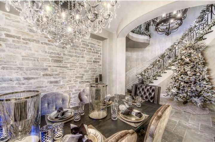 Winter Wonderland - HGTV hosts of 'Flip or Flop', Tarek & Christina El Moussa's own home dressed for Christmas. Just beautiful!