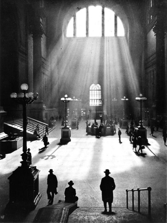 Pennsylvania Station, NYC, 1929. Drahomír Josef Růžička